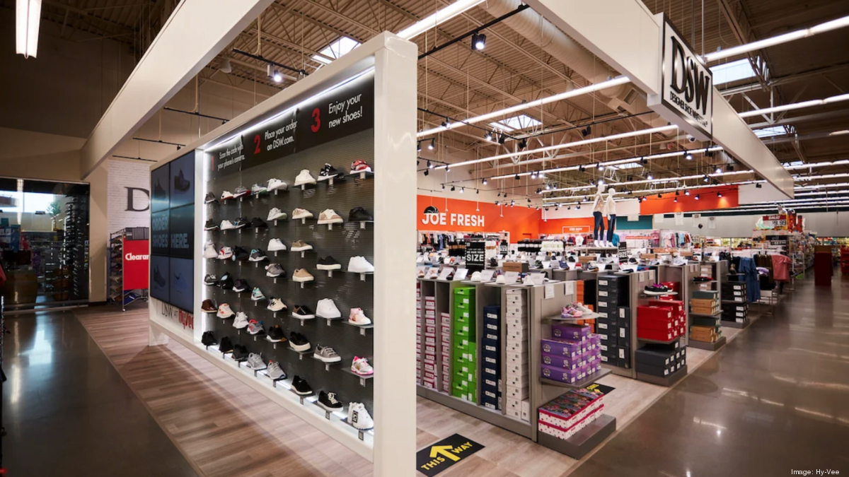 DSW expands its store-in-store concept