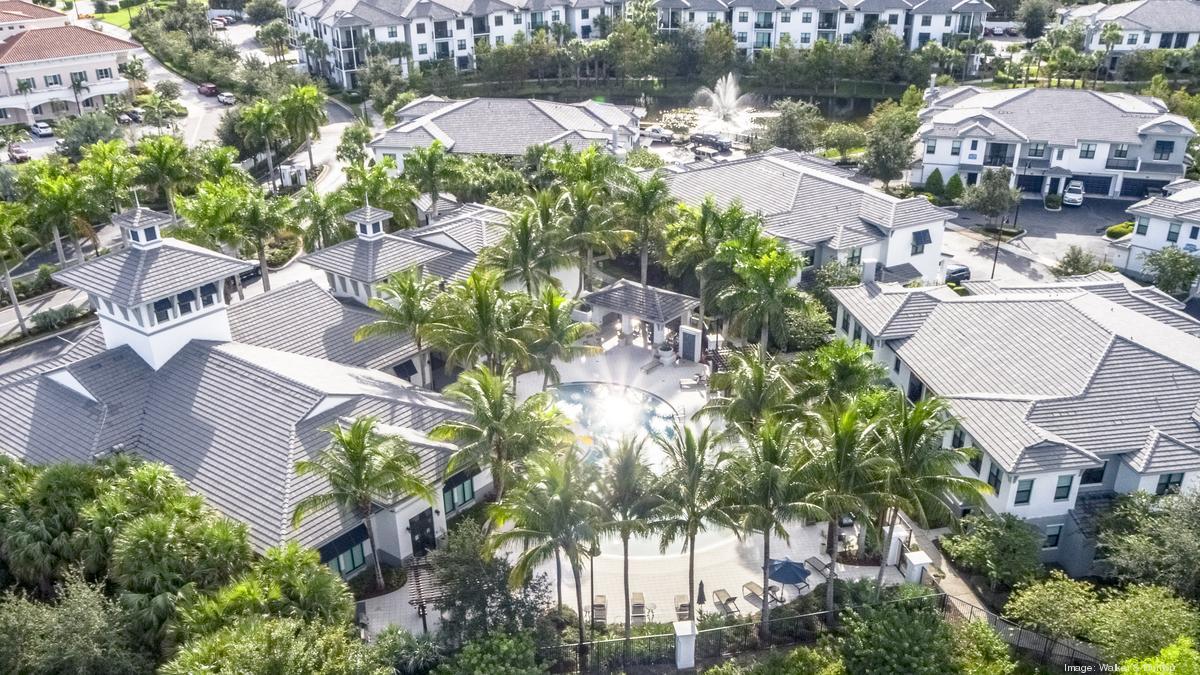 hamptons at palm beach gardens*1200xx4000 2250 0 373 - M&t Bank Palm Beach Gardens
