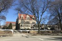 Gustav Pabst mansion sells to Hmong American Women's Association