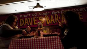 Famous Dave's closes more restaurants, including its Bloomington location