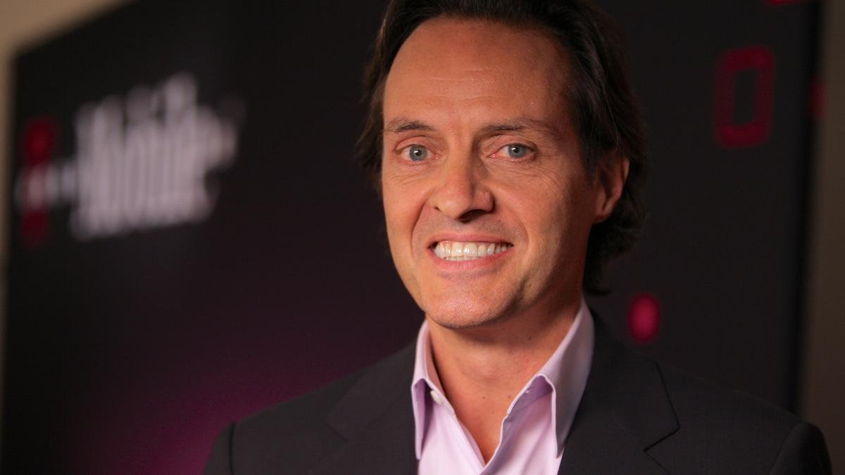 T Mobile Ceo John Legere Makes 424 Times More Than The Median