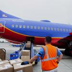 Does Southwest Airlines have a big problem with baggage handlers at Midway?