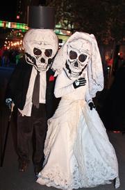 Skeleton bride and groom.
