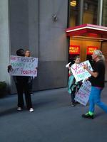 Wells Fargo protesters criticize bank's political donations