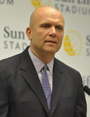 Dolphins CEO Mike Dee was critical about automobile dealer Norman Braman.