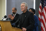Kitzhaber vows Oregonians will have health coverage Jan. 1