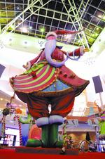 Setting Santa's stage at Mall at Millenia