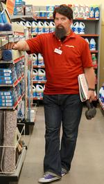 Family Dollar's <strong>Mike</strong> <strong>Bloom</strong> featured on 'Undercover Boss' Friday (PHOTOS)