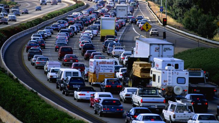 Which has more traffic congestion, Raleigh or Charlotte