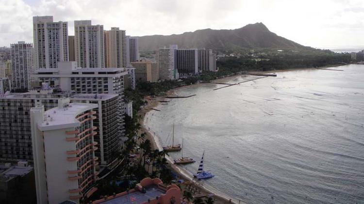 Hawaii room rates surge, occupancy flat last week