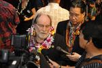 Hawaii becomes 15th state to legalize same-sex marriage (Video)
