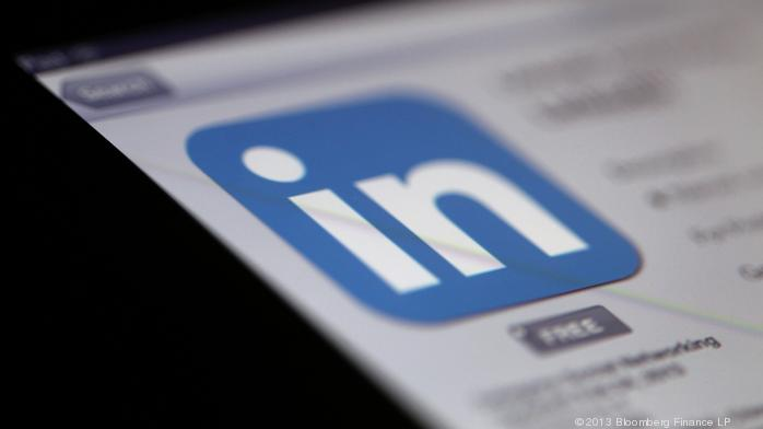 3 tips on how to sell on LinkedIn (rather than spam people)