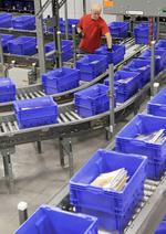 U.S. Postal Service lost $5B in 2013