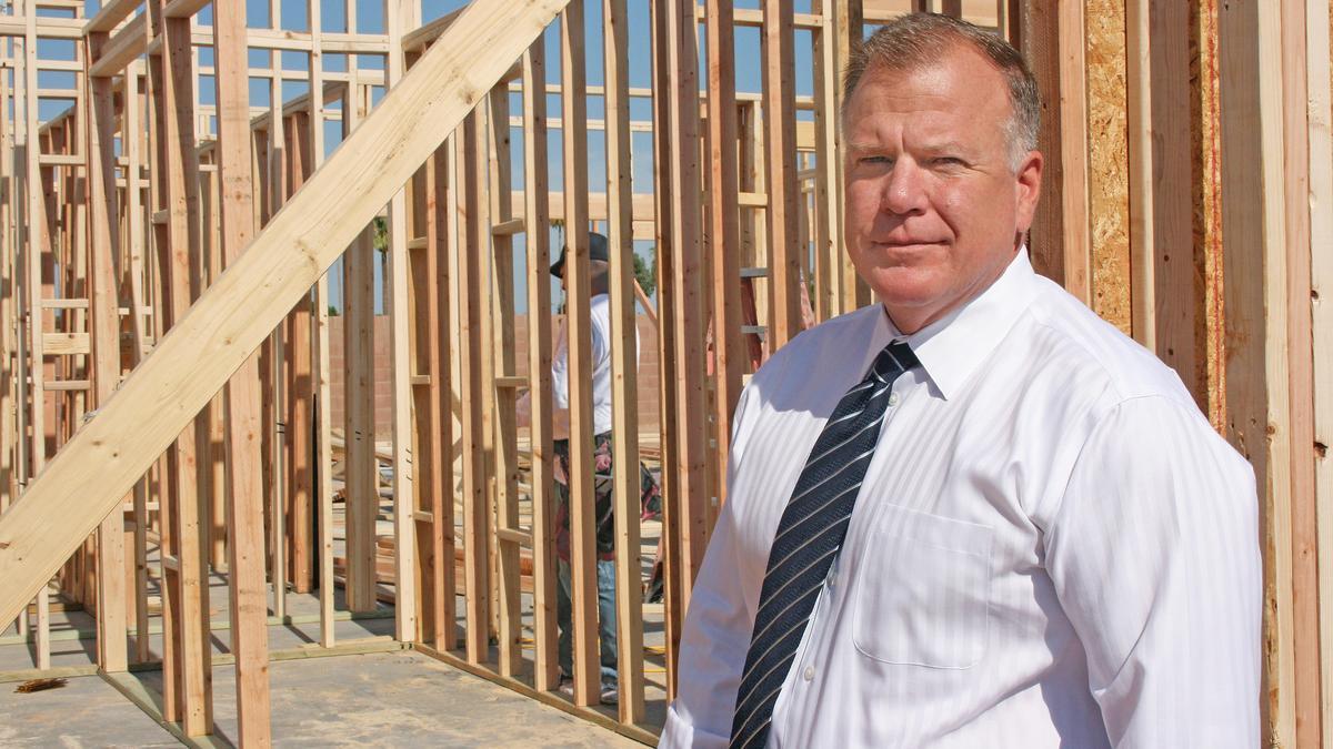 Home builder slating 400 homes under 200k phoenix for Building a house for under 200k