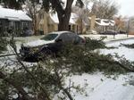 Winter storm puts North Texas under sheet of ice