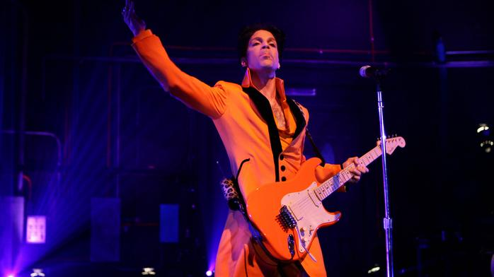 Nobody likes $31 million Universal deal for Prince music