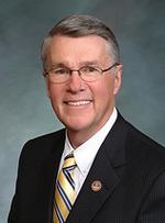Former GOP lawmaker <strong>Glenn</strong> <strong>Vaad</strong> picked for Colorado PUC