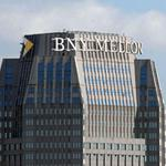 Deutsche in talks to outsource services to BNY Mellon