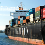 Don't shut down ports, longshore union says