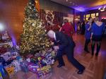 Survey: Wisconsin's wealthy donating time, spending more this holiday season