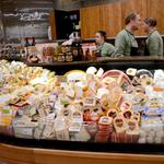 Whole Foods suffers as mainstream grocers such as Publix go upscale