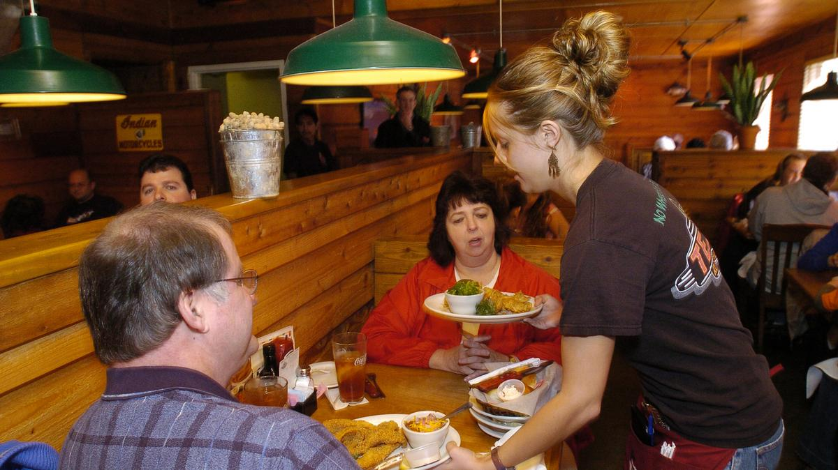 Texas Roadhouse Expands To Go Program Withdraws 2020 Guidance Louisville Business First