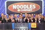 Noodles & Company earnings grow; stock price fluctuates