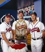 Maddux, Glavine to join Cox in MLB Hall of Fame (SLIDESHOW)