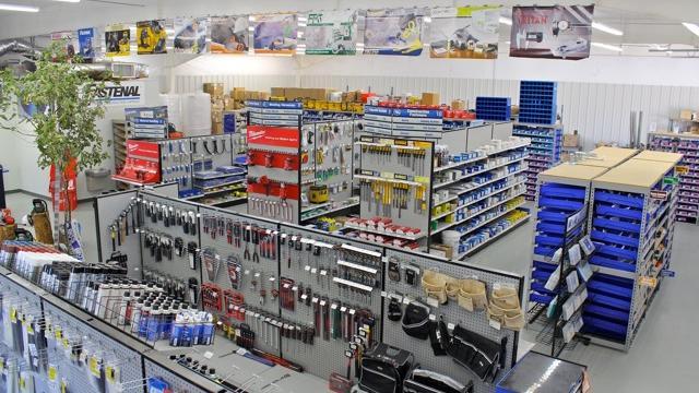 Fastenal Names Daniel Florness Ceo Amid Choppy Sales