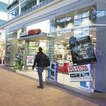 GameStop to close more than 100 stores in 2014