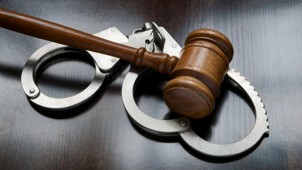 Two plead guilty to loan fraud targeting Spanish-speakers