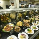 Lunds & Byerlys Kitchen Wayzata prototype closing; Rustica moving in