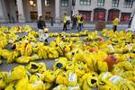 Boston businesses come together to aid Marathon attack victims