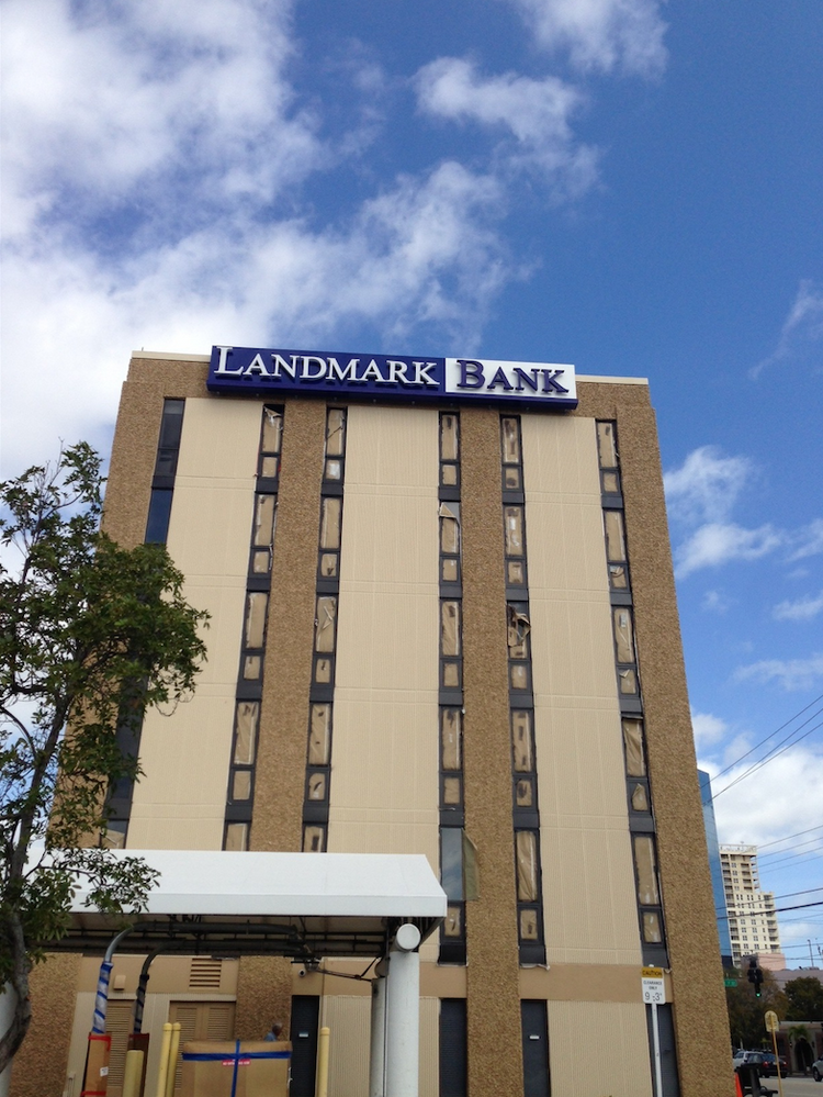 fort lauderdale 39 s giant holdings landmark bank sells to home bancshares centennial bank south