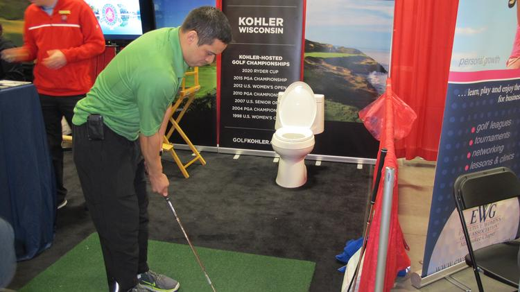 Milwaukee Golf Show 2020.Golfers In Search Of Spring At Golf Show Slideshow
