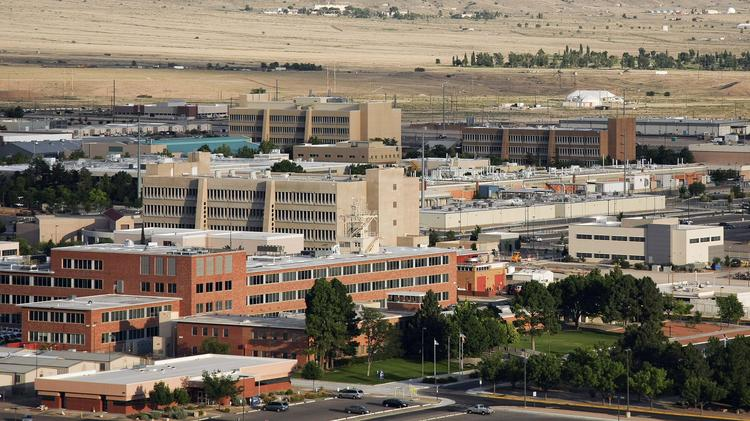 The U.S. Department of Energy's National Nuclear Security Administration announced Friday it has chosen a Honeywell subsidiary to take over management and operate Sandia National Laboratories and its multibillion-dollar budget.