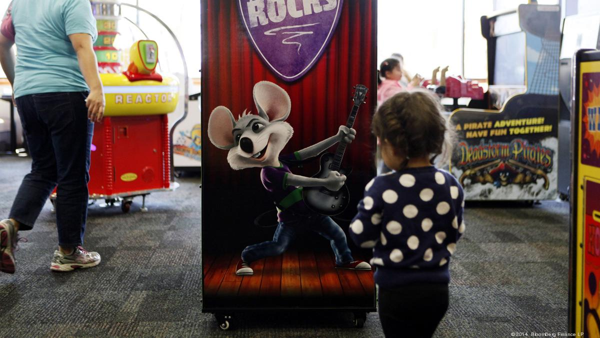 Ipo Or Equity Chuck E Cheese Owner Looking For Up To 2b
