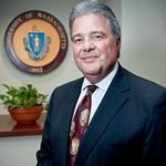 Ex-Towson president <strong>Caret</strong> makes very little after selling 67,000 First Mariner shares