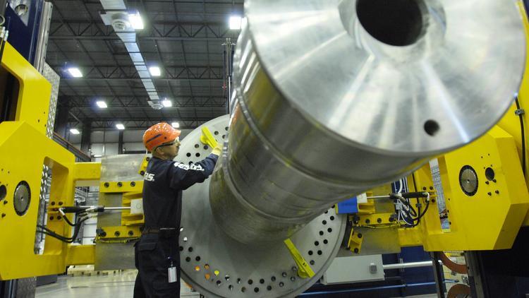 Vestas sets wind turbine sales record, plans to keep