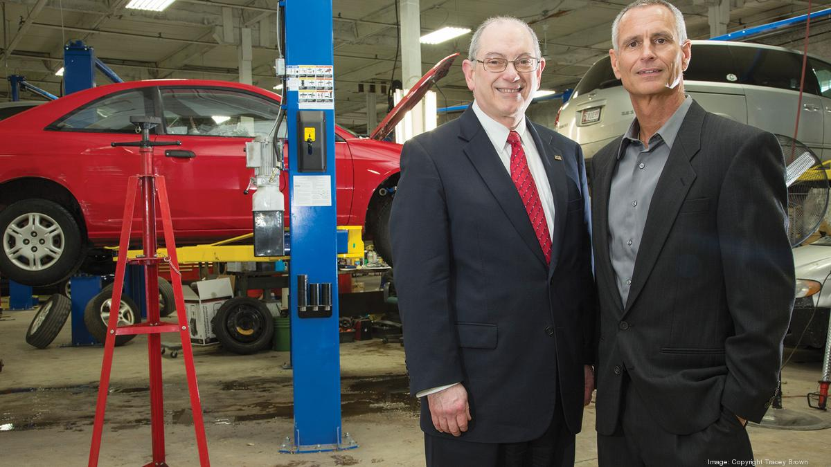 Nearest Mechanic Shop >> Local Mechanic Donates Auto Shop To Help Train Ex Offenders