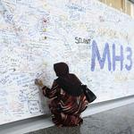 Officials: Missing Malaysia Airlines flight crashed off Australia (Video)