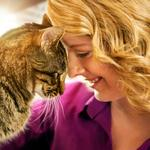 Meow Mix whets cats' appetite for Twitter's bluebird
