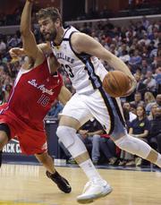Marc Gasol attacks the basket