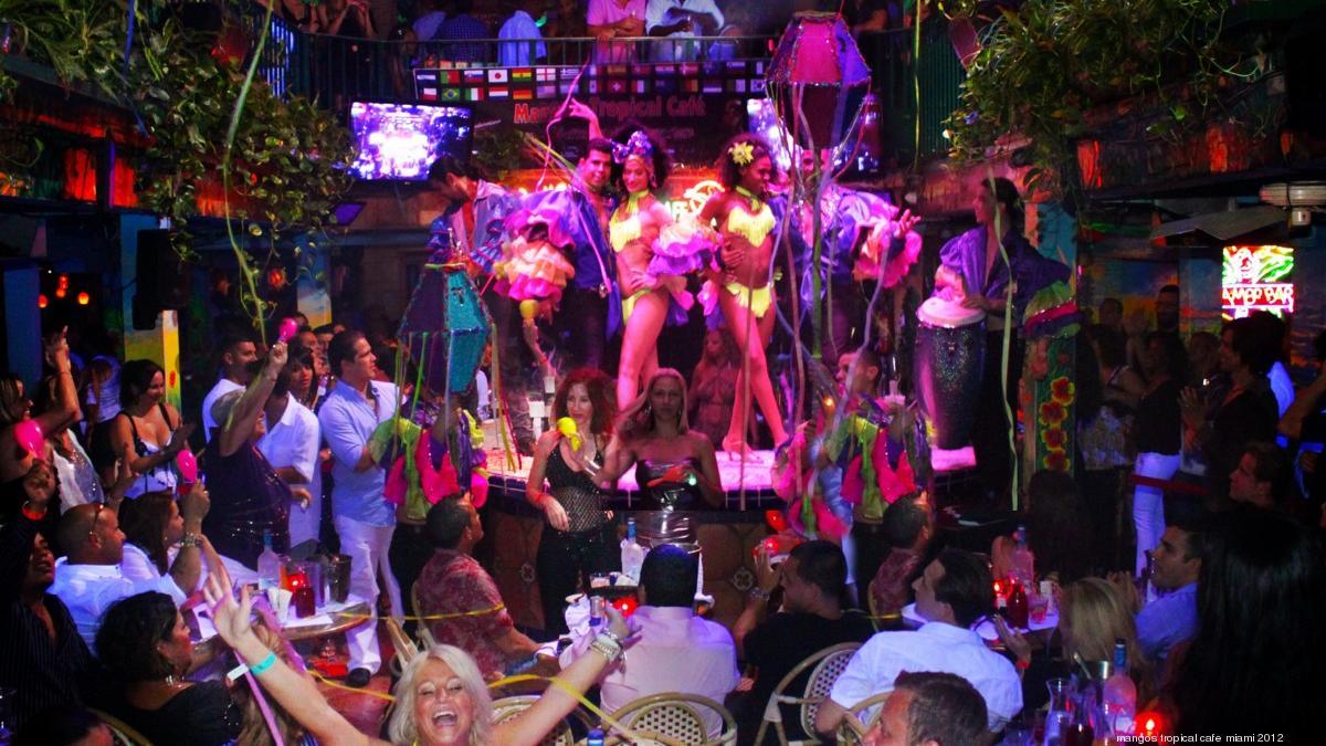 Mangos Tropical Cafe Orlando Pictures