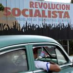 Obama restores diplomatic relations with Cuba, but trade embargo likely to remain (Video)