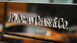 Chase puts Heights location up for sale