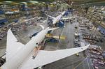 Boeing to lay off 700 engineers in 2013