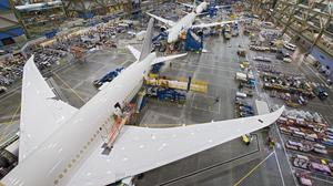 787 Factory Photos - Everett WA Oct. 2012 K65770-03