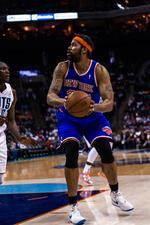 Knicks' <strong>Rasheed</strong> <strong>Wallace</strong> makes final basket in N.C., then retires - again