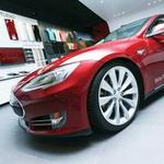 Why the bidding war for Tesla's $5 billion Gigafactory was just ramped up